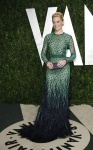 Elizabeth Banks in Chadwick Bell and Jimmy Choo with Bvlgari jewels