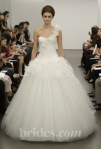 new-vera-wang-wedding-dresses-fall-2013-008.jpg-1398760730
