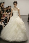 new-vera-wang-wedding-dresses-fall-2013-014.jpg1585793743