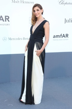 Clotilde Courau in Vionnet