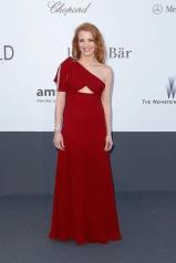 Jessica Chastain in Yves Saint Laurent