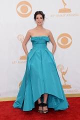 Jessica Pare in Oscar de la Renta
