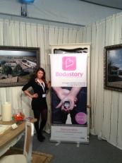 Anastasia en el stand de Bodastory