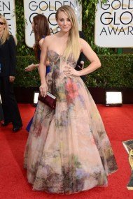 Kaley Cuoco in Rani Zakhem Couture and Jimmy Choo.