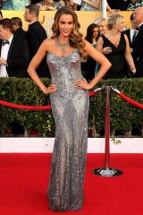 Sofia Vergara in a beaded Donna Karan Atelier gown
