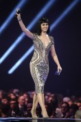 Katy Perry in Julien Macdonald