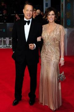 Tom Hanks y Rita Wilson in Jenny Packham